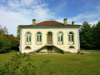 Photo for Authentic villa with large, 2,800-m2 garden nearby Toulouse and Lourdes