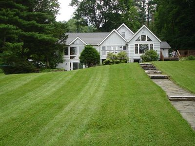 Candlewood Lakefront-Exclusive- Ideal Vacation
