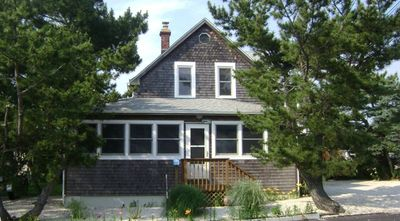 Photo for Beautiful 5 Bedroom Victorian Home - 3rd House from Ocean