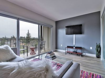 Photo for Urban Flat | Fully Sanitized | Top Floor