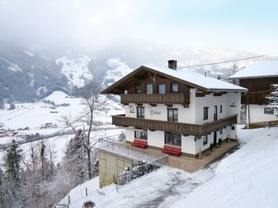 Photo for Vacation home Haus Talblick  in Hippach/Hainzenberg, Zillertal - 18 persons, 8 bedrooms