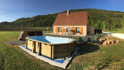 Photo for Périgourdine on 1ha with swimming pool and air conditioning 5 people - any comfort