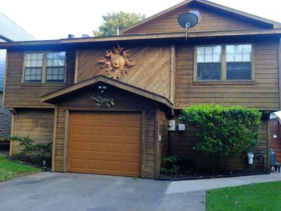 3 bedroom lake front property with boat lift