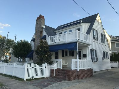 Charming Beach Block Single Family Home with a Yard and Off Street Parking!
