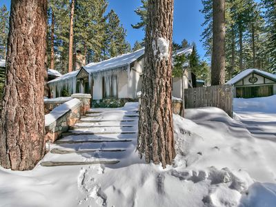 Photo for Cottage by the Lake, Hot Tub, Sleeps 7, #337B