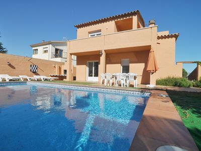 Photo for TERE 8: VERY SPACIOUS HOUSE WITH PRIVATE POOL