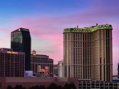 Photo for Marriott's Grand Chateau Resort, Las Vegas, 1 Bedroom For Week Of July 4th, 2018