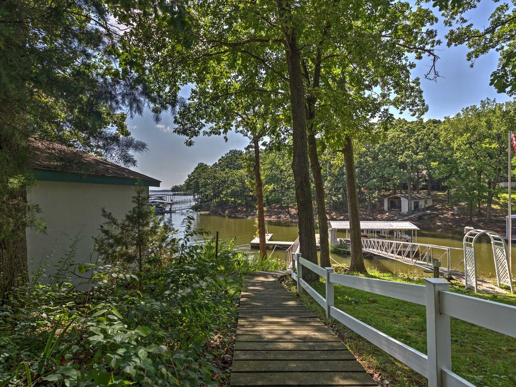 New 2br grand lake area cottage steps from lake afton for Grand lake oklahoma cabin rentals