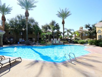 Photo for Beautiful Condo on ground floor in quiet complex with new updates in Scottsdale