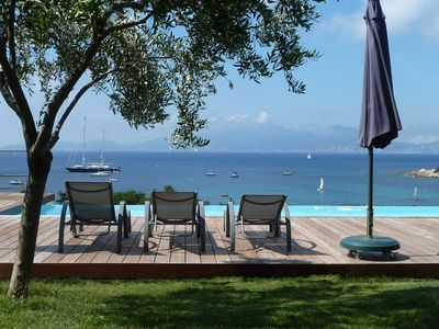 Photo for Exceptional villa with swimming pool, 300 m from the beach.
