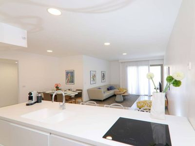 Photo for Luxury Three-Bedroom/Terrace Over Old City View