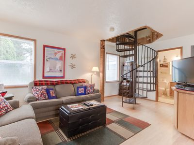 Photo for NEW LISTING! Dog-friendly townhouse w/ shared hot tub - 2 blocks to the beach!