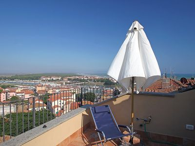 Photo for Apartment in the center of Castiglione della Pescaia with Internet, Washing machine, Terrace (126733)