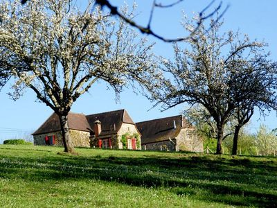 Photo for Charming cottage, private turquoise pool, PLAZAC-prox. Treasures of Périgord