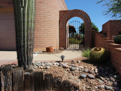 Photo for Beautifully appointed Townhome in Green Valley AZ