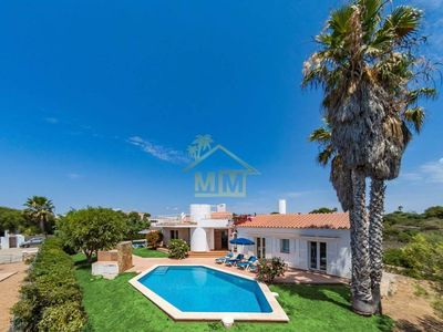"Photo for Charming Villa ""Adele"" near the Sea with Sea View, Wi-Fi, Air Conditioning, Terrace, Garden & Pool; Parking Available"
