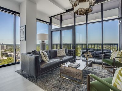 Photo for La Brise by Atlanta Luxury Rentals