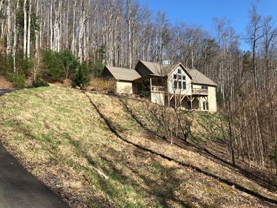 Photo for NEW LISTING! Close to Blue Ridge Parkway, Downtown Asheville and Biltmore Estate
