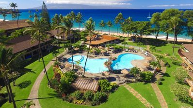 Photo for Beach Side Room w/ Free WiFi, Access to 3 Pools, Fitness Center & Spa Discounts