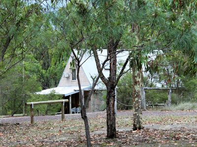 Photo for 4BR Cottage Vacation Rental in Lovedale, NSW