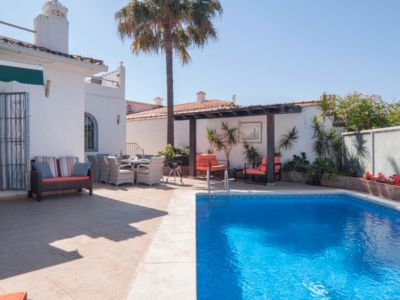 Photo for Private villa, own pool, sleeps 8 max, walk to Banus and beach HUGE roof terrace