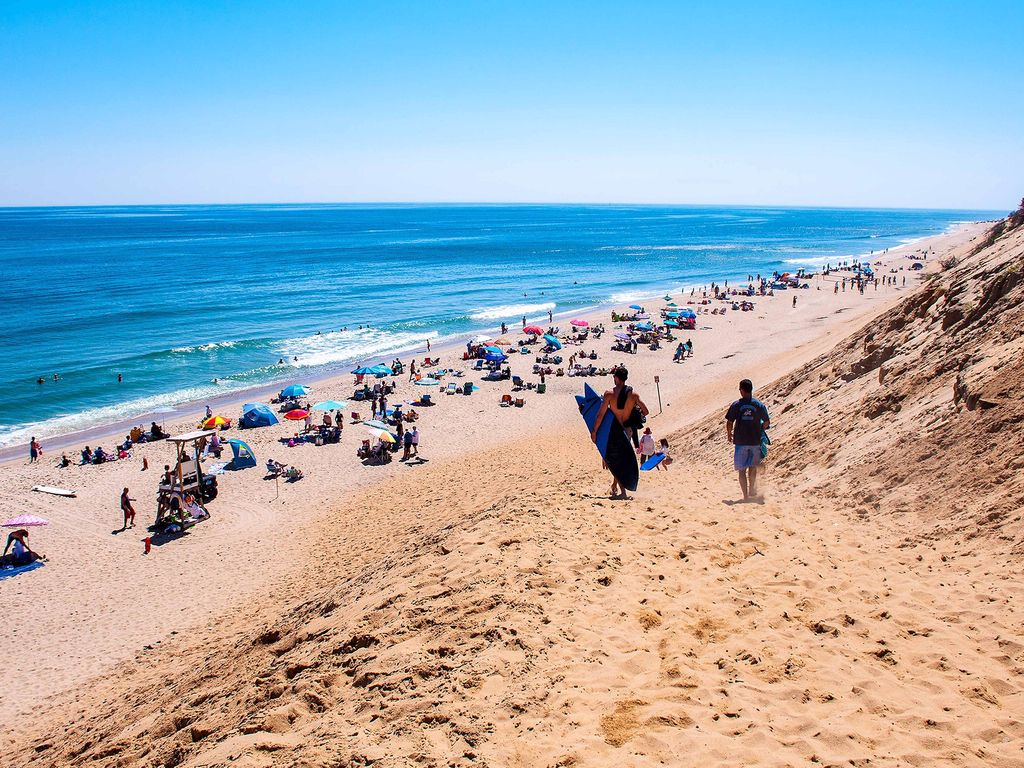 Spectacular Ocean Front View On Cahoon Hollow Beach With A