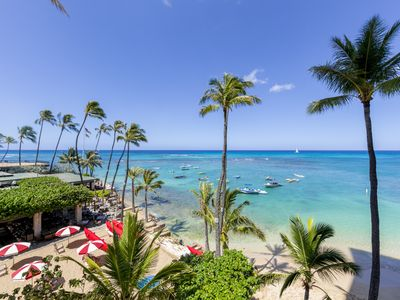 Photo for Spacious corner unit in the Colony Surf on Oahu's coveted Gold Coast