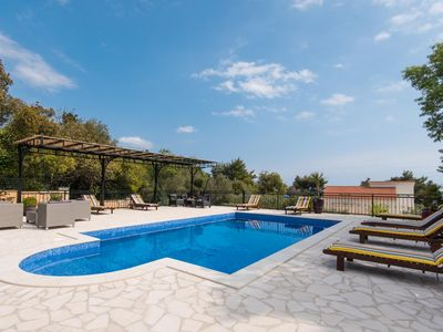 Photo for A beautiful villa with outdoor pool and panoramic sea views!
