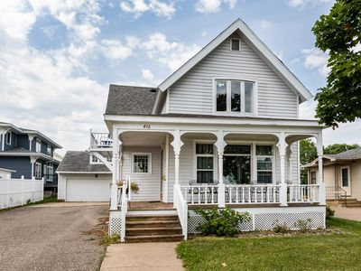 Totally Remodeled Accessible  Victorian:  Steps From Everything