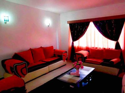 apartment,free parking,internet,spacious room,hot shower,open kitchen,security,g