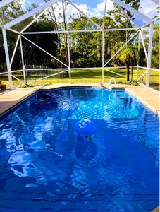 Photo for QUIET, relaxing and tropical retreat, Great for large groups, Best nights sleep