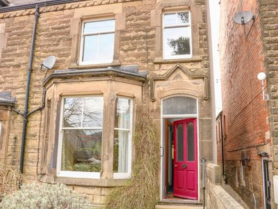 Photo for IVY MOUNT, family friendly, with open fire in Matlock, Ref 1007421