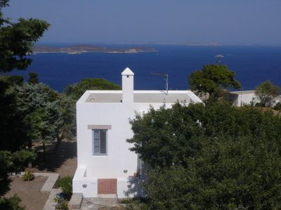 Photo for Traditional villa in Hora with sea view to the Aegean