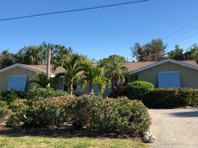 """Photo for Totally renovated """"Beach Chic"""" 3 Bed / 3 Bath w/Pool"""