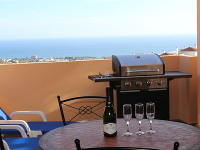 Photo for Barbecue, wifi, parking, air conditioning, jacuzzi, pool and garden