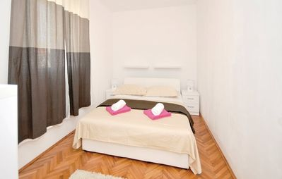 Photo for Apartment in the center of Trogir with Internet, Air conditioning, Parking, Terrace (312452)