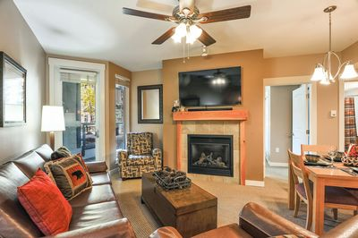 """Living Room with Fireplace and 55"""" Smart TV HBO and Netflix provided. Google Chromecast."""