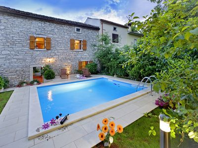 Photo for Holiday house Angelika * fenced garden, private pool, free WiFi