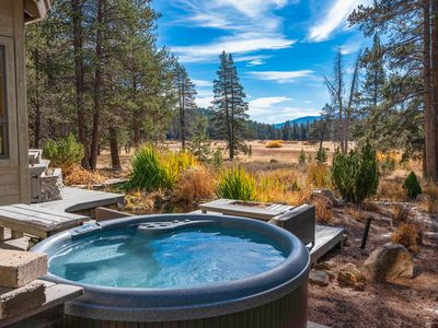 Photo for Expansive Tahoe Donner 5BR w/ Deck, Hot Tub, Sauna & Game Room