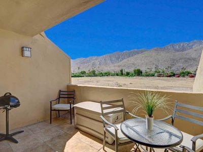 Photo for Condo in Palm Springs, access to pool, spa, tennis courts
