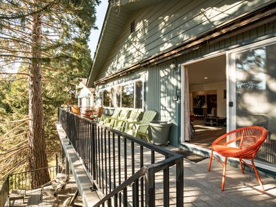 Photo for Spectacular Lake View Chalet