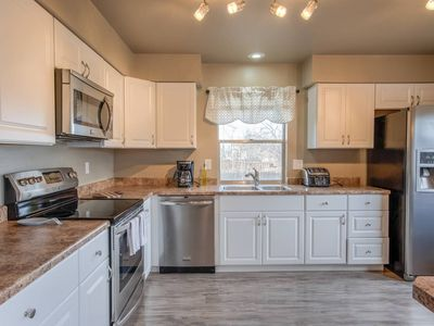 Photo for 3BDRM Value and Comfort—Cheyenne Mountain Suburbs!