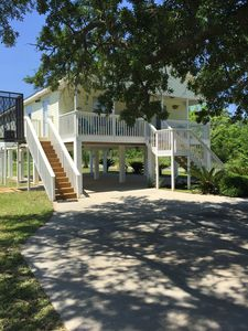 Photo for The Pass House, center of town,two blocks off beach, quiet area, lovely grounds