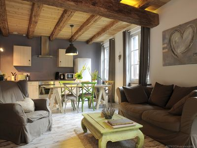 Photo for Charming house in the heart of the wine route