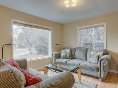 Photo for Galveston Getaway- Perfect location for après ski fun! Minutes from downtown Bend & Drake Park!!