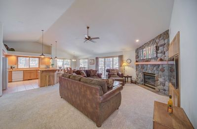 Photo for A Single Level Charmer With A Private Hot Tub In The Heart Of Sunriver!