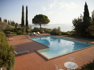 Photo for Villa in Passignano Sul Trasimeno with 3 bedrooms sleeps 6