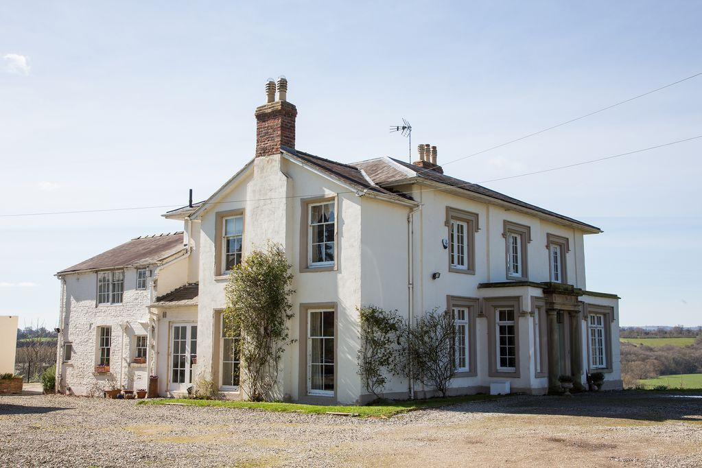 fdb8fe3e19d8 Stunning Georgian Grade 2 Listed property in the Welsh borders ...