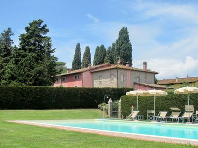 Photo for Apartment Casale Le Fornaci (LUU133) in Lucca - 4 persons, 2 bedrooms