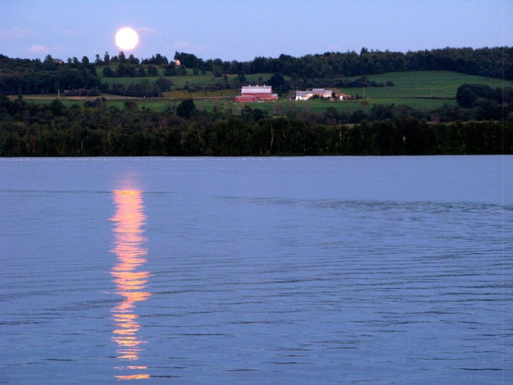 Waterfront Majestic Views Of Lake Carmi And Vermont